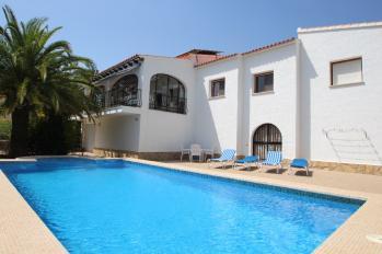 Villa Sara in Calpe for rent holiday villas in Costa Blanca Spain