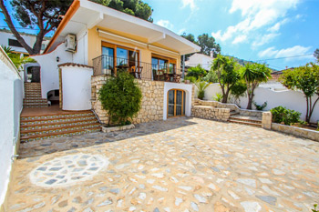 Villa Pedro in Moraira a villas in Spain to rent close to the beach beach villa of costa blanca