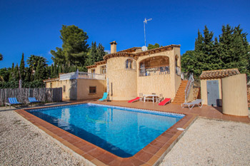 Villa Desig is a Costa Blanca holiday villa rentals property located on the town of Moraira for rent villas in Spanish property